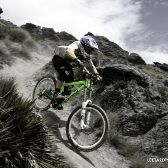 Downhill mountain bike riding, Dirt Park NZ, Queenstown